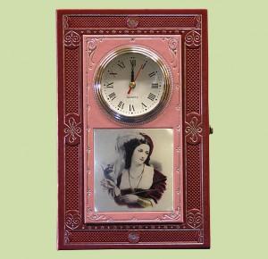 Подарок к празднику - Ключница настенная с часами