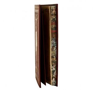 Семейная летопись в кожаном переплете с рисованнным обрезом