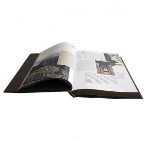 """Разворот с иллюстрациями подарочного издания """"Шедевры искусства"""""""