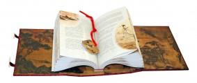 """Разворот подарочной книги из набора """"Беседы и суждения"""" Конфуций"""
