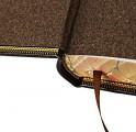 Увеличенное изображение обреза книги Домострой из подарочного наора
