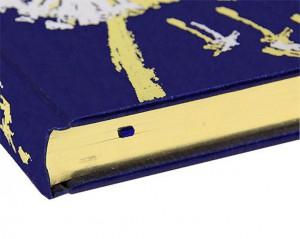"""Фото обреза подарочной книги в кожаном переплете """"Несказанный свет"""""""
