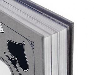 """Фото подарочной книги издательства Пан пресс- """"Приключения принца Флоризеля: Клуб самоубийц. Алмаз раджи"""""""