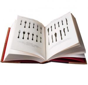 """Иллюстрации из книги в кожаном переплете """"Этикет и протокол"""""""