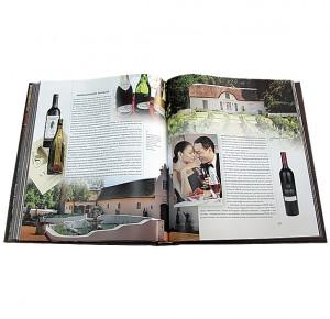 """Разворот с иллюстрациями книги в кожаном переплете """"Вино. Крепкие напитки"""""""