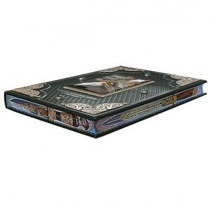 """Эксклюзивная книга с трехсторонним рисованным обрезом """"Златоуст. Холодное украшенное оружие"""""""